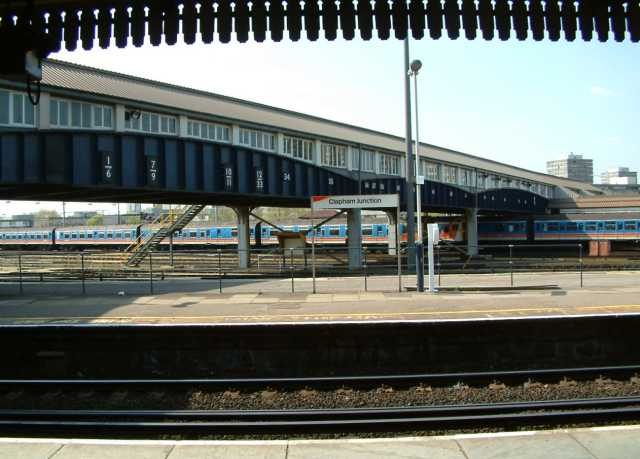 stansted airport willesden junction